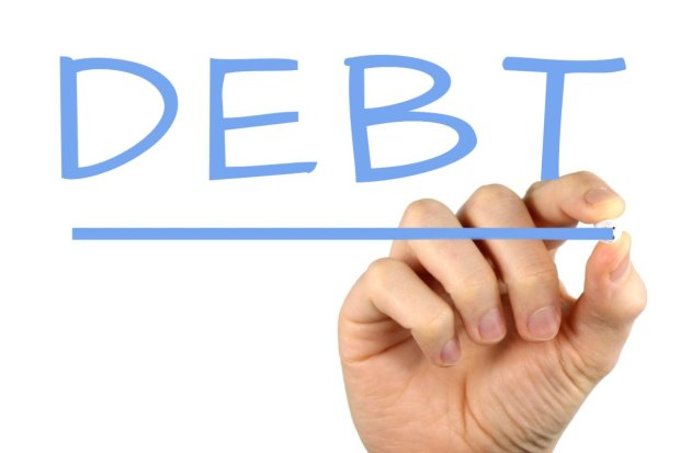 10-things-you-should-do-before-becoming-mr-and-mrs-discuss-debt.jpg