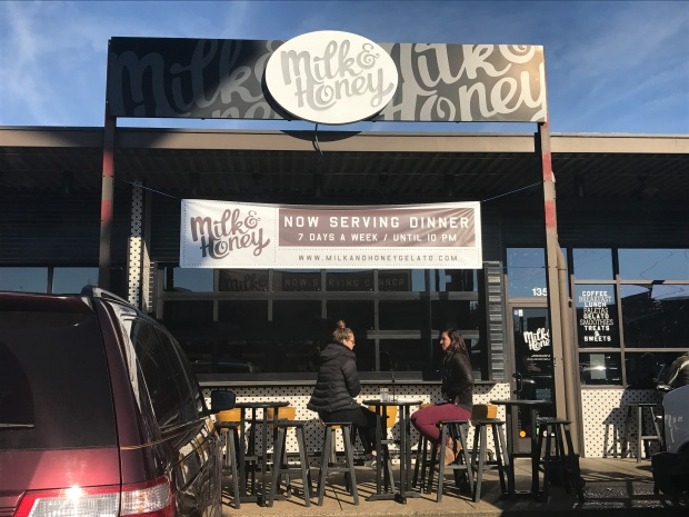 things-to-do-in-chattanooga-tennessee-get-brunch-milk-and-honey