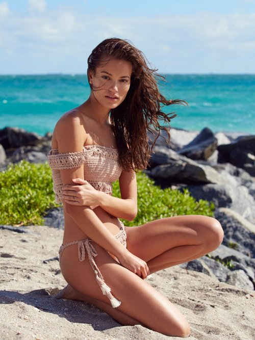 where-to-buy-cute-bathing-suits-now-that-victorias-secret-is-no-longer-selling-them-free-people