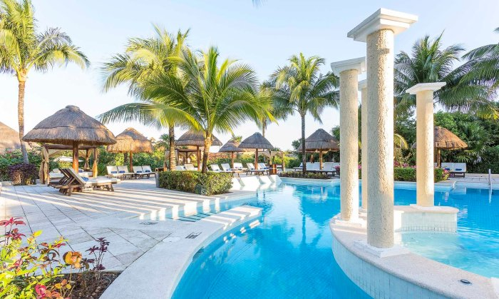travel-review-riviera-maya-mexico-grand-palladium-colonial-resort-and-spa