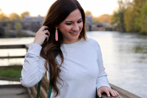 fall-outfit-recap-embroidered-sweater-blush-earrings
