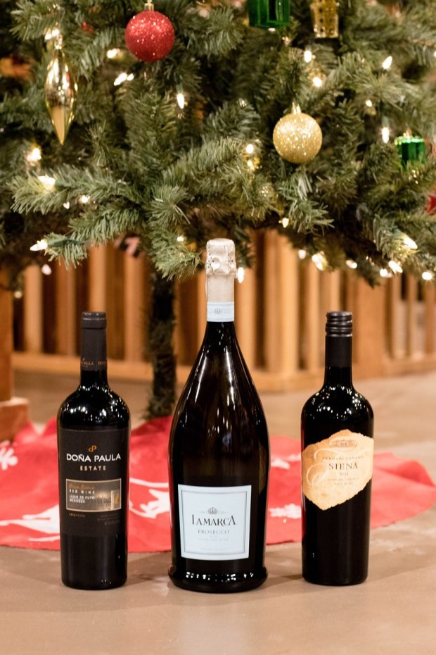 how-to-pick-the-perfect-wine-for-your-holiday-party-malbec-cabernet-sauvignon-prosecco