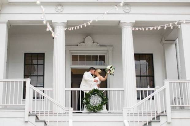 university-of-georgia-southern-wedding-reception-taylor-grady-house